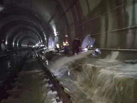 地铁隧道注浆堵漏流程[2套方案]