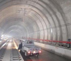青岛新机场隧道注浆堵漏工程