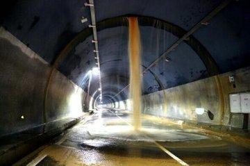 隧道漏水怎么处理(隧道3种漏水情况原因及处理方法)